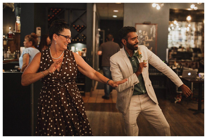 Champaign wedding dancing