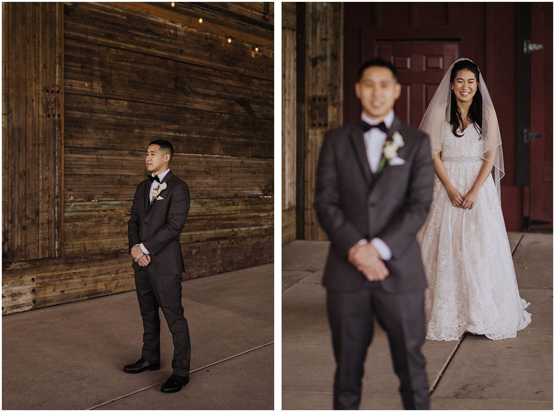thomas family farm seattle snohomish wedding first look